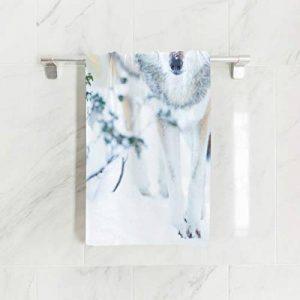 Ahomy - Serviette de Plage en Microfibre - Motif Loup - Grand Format - Légère - 38 x 76 cm de la marque Ahomy image 0 produit
