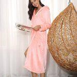 Aibrou Chapeau Robe de Chambre Femme Polaire Longue Peignoir Velours Hiver Sortie de Bain Kimonos Peignoir personnalisé Cadeau de noël Femme de la marque Aibrou image 3 produit