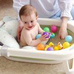 Baignoire Bébé Pliable, Transat de Bain pour Bebe, Orange/Vert/Bleu Couleurs à Choisir, Convient aux Nouveau-nés, Aux Bébés et aux Tout-Petits, Tissus Confortables de la marque TTKA image 1 produit