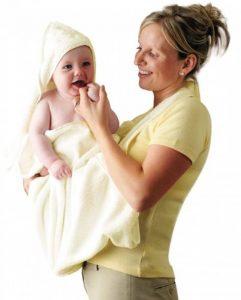 Clevamama Serviette de Bain Bébé - Tablier Cape pour Bebe Et Enfant, Coton - Crème de la marque Clevamama image 0 produit