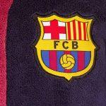 FC Barcelona - Robe de chambre à capuche thème football - polaire - garçon de la marque F-C-Barcelona image 1 produit