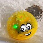 illuMMW Pulvérisation Jet d'eau Jouet, Jeu De Bain Jouet, Belle LED Clignotant Boule Musicale Arroseurs Arrosage Bébé Bain Douche Jouet Jaune de la marque illuMMW image 1 produit