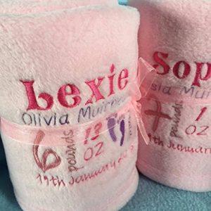 serviette brodée prénom bébé TOP 1 image 0 produit