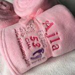 serviette brodée prénom bébé TOP 1 image 2 produit