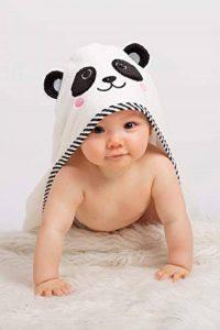 Serviette de bain à capuche bébé |Visage de panda noir et blanc |Ensemble de serviette et draps en coton de luxe en bambou | Très grand 90cm x 90cm | Doux et absorbant (500gsm) | Nouveau-né à 6 ans de la marque BEING Baby image 0 produit