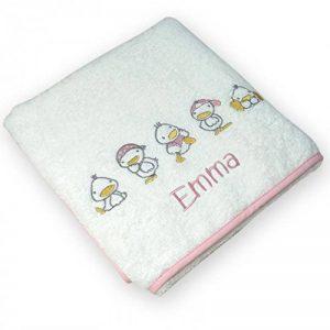 Serviette de bain PETITS CANARDS ROSE personnalisée et brodée avec le prénom de bébé, 72x72cm, cadeau de naissance, bapteme de la marque N/D image 0 produit