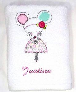 Serviette personnalisée souricette, 50x100cm, cadeau bébé, naissance, bapteme fille cadeau enfant avec son prénom de la marque N/D image 0 produit