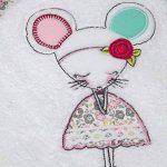 Serviette personnalisée souricette, 50x100cm, cadeau bébé, naissance, bapteme fille cadeau enfant avec son prénom de la marque N/D image 1 produit