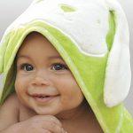 Tots by Smart Rike 180–103Serviette de bain à capuche Joy, au design amusantes Lapin, 100% coton éponge Extra Doux, 80x 80cm vert de la marque ToTs-by-Smartrike image 2 produit