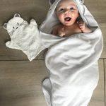 Tutti Bimbi Ensemble de grande serviette à capuche en bambou biologique certifié pour baignoire de bébé de la marque Tutti Bimbi image 1 produit